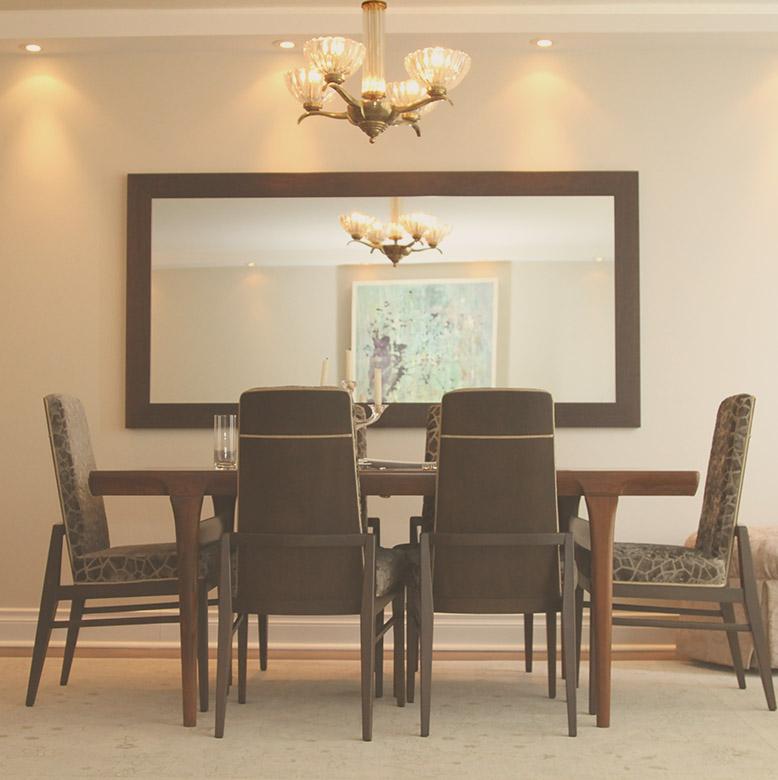 Executive Dining Room: Toronto Luxury Condo Rental